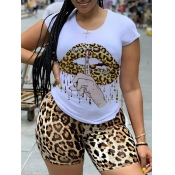 Lovely Chic Leopard Lip Print Yellow Plus Size Two-piece Shorts Set