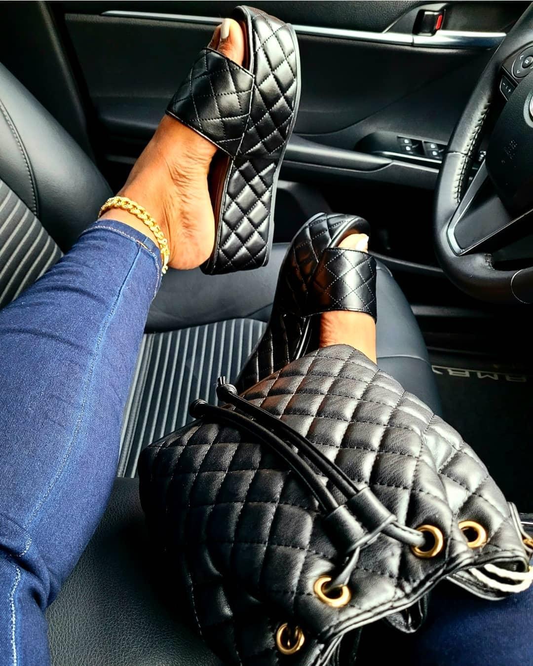 Lovely Casual Quilted Slide Black Platform Shoes