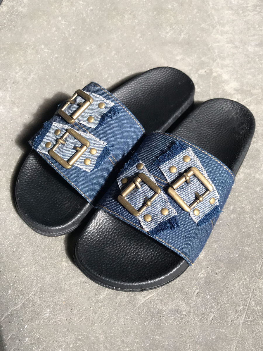 Lovely Casual Buckle Design Blue Slippers