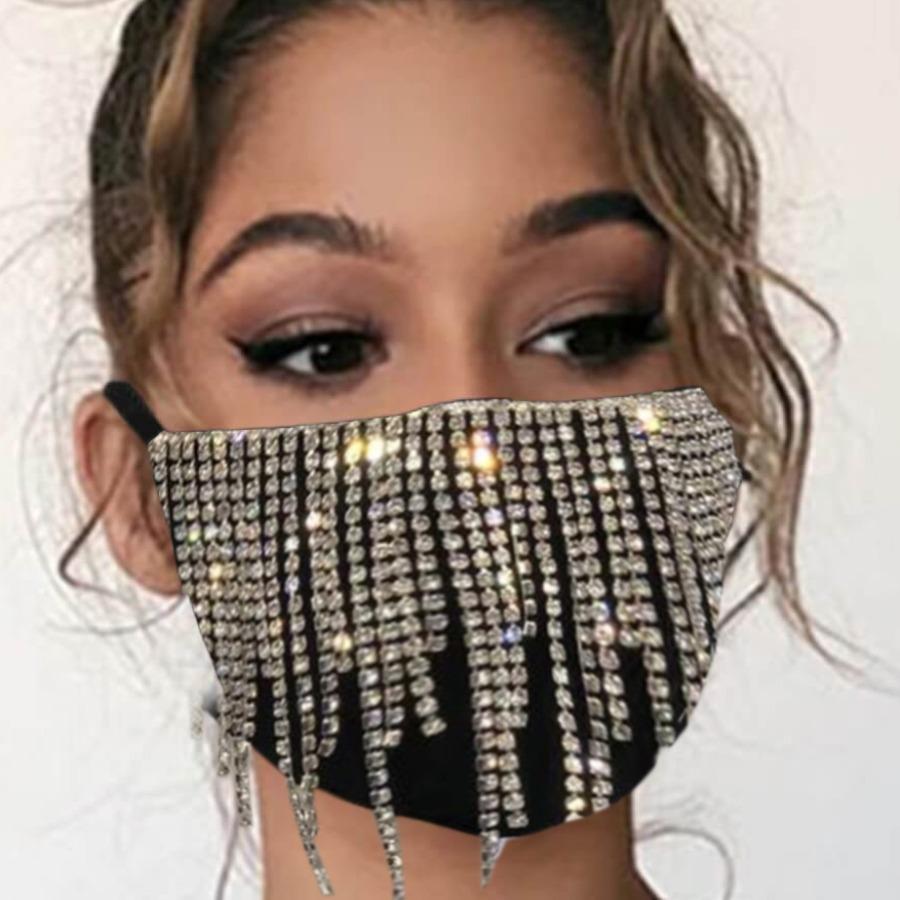 LW Street Tassel Design Pitch-black Face Mask