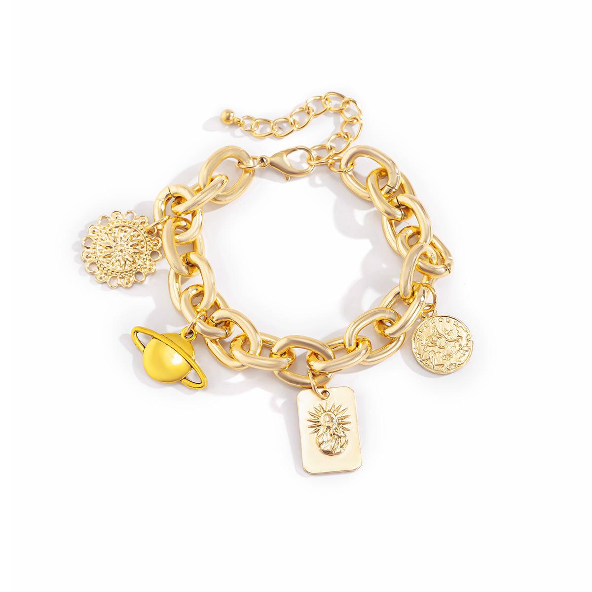 Lovely Street Coin Decoration Gold Bracelet