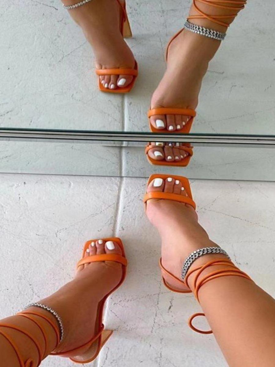 LW Tie Leg Square-toe Heels