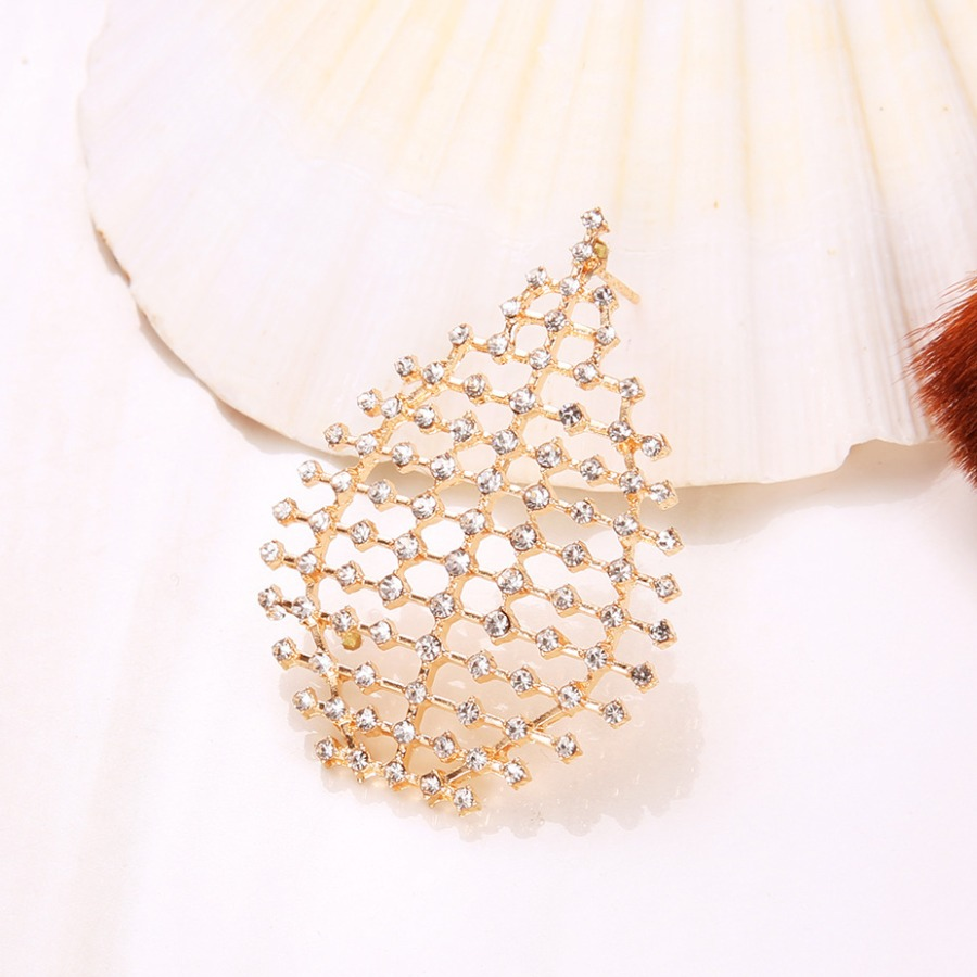 Lovely Geometric Pattern Hollow-out Earring