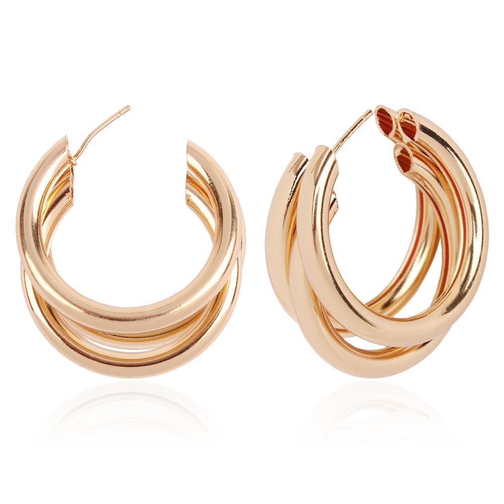 Lovely C-shaped Earring