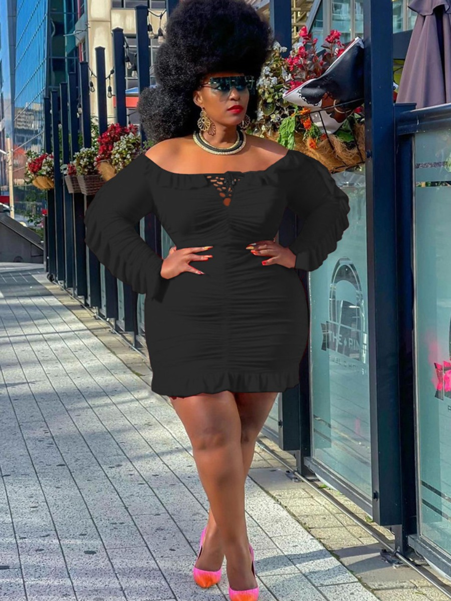 LW Plus Size Off The Shoulder Ruffle Hem Ruched Solid Bodycon Dress